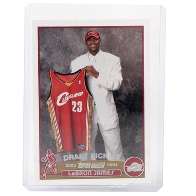 """2003 LeBron James Cleveland Cavaliers Topps #221 """"Draft Pick"""" Rookie Card"""