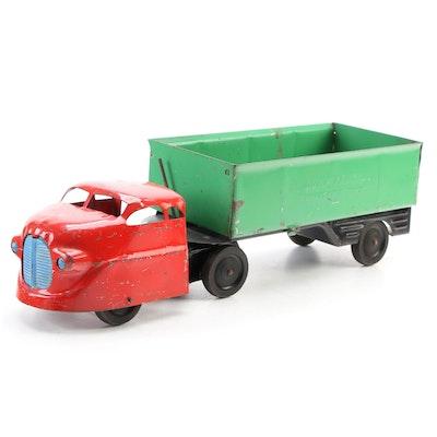 Wyandotte Toys Tin Litho Dump Truck, circa 1945