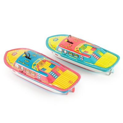 J. Chein & Co Red and Green Mark 1 Wind-Up Tin Litho Toy Speedboats, Mid-20th C.
