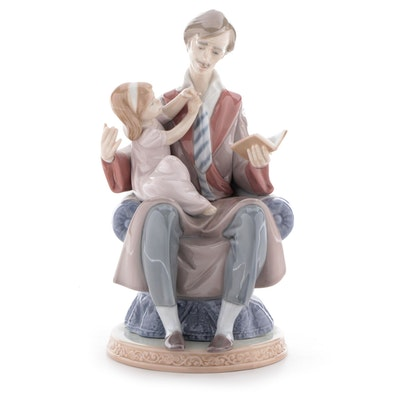 """Lladró """"Daddy's Girl"""" Porcelain Figurine, Late 20th Century"""