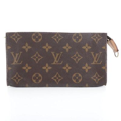 Louis Vuitton Bucket Bag Accessory Pouch in Monogram Canvas