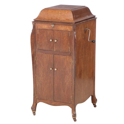 Victor Talking Machine Co. Victrola No. 2 Record Player in Standing Cabinet