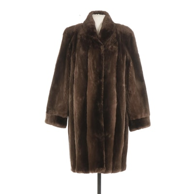 Phantom Sheared Beaver Fur Coat with Banded Cuffs from Traeger Furs, 1970s