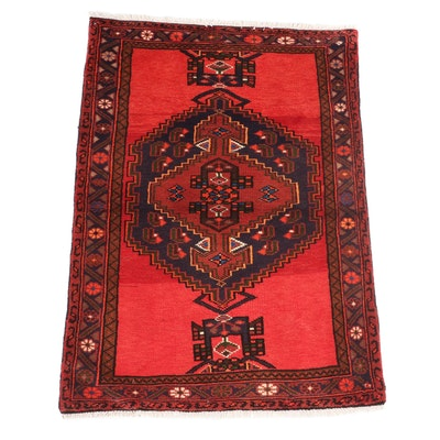 3'4 x 4'9 Hand-Knotted Persian Hamadan Accent Rug