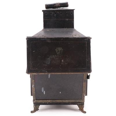 Carbutt's Multum in Parvo Dry Plate Darkroom Lantern, Late 19th Century