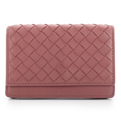 Bottega Veneta Bifold Card Case in Dusty Pink Intrecciato Nappa Leather