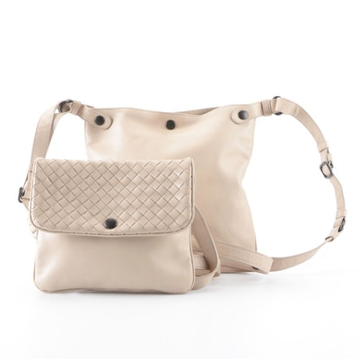 Bottega Veneta Messenger Bag in Beige Leather with Detachable Intrecciato Pouch