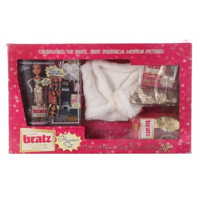 """MGA """"Bratz: The Movie"""" Glamour Set Yasmin Doll with Children's Size Accessories"""