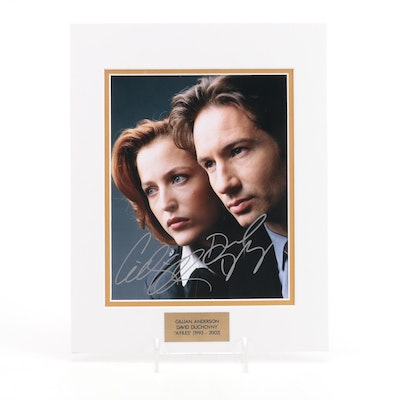 """Gillian Anderson and David Duchovny Signed """"X-Files"""" (1992-2002) Photo Print"""