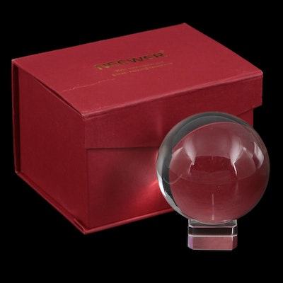 Neewer Crystal Ball Paperweight with Stand