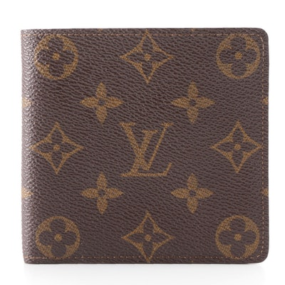 Louis Vuitton Porte-Billets Cartes Crédit Monnaie in Monogram Canvas