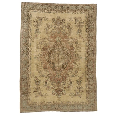 7'8 x 10'11 Hand-Knotted Floral Area Rug