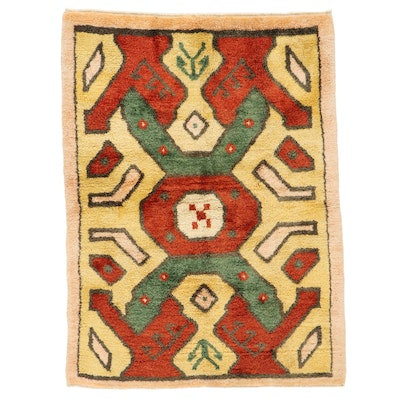 4'6 x 6' Hand-Knotted Shag Area Rug
