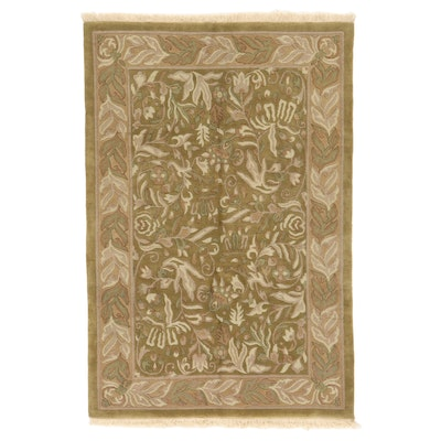6'1 x 9'4 Hand-Knotted Indian Floral Area Rug