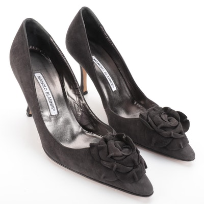 Manolo Blahnik  Pumps in Charcoal Suede with Rosettes