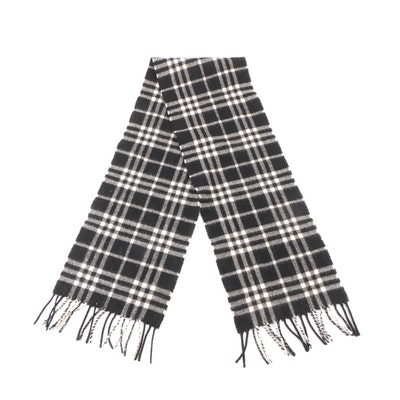 Burberry Cashmere Scarf in Black and White Check with Fringe