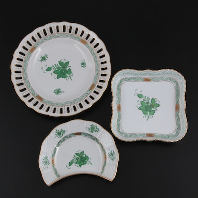 """Herend """"Chinese Bouquet Green"""" Reticulated Plate, Crescent Plate and Square Tray"""