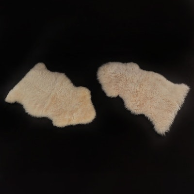 2' x 3' Natural Sheepskin and Lambskin Accent Rugs