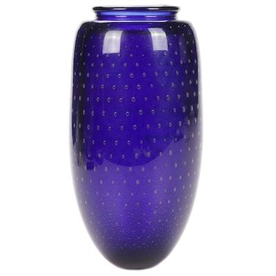 Robert Eickholt Controlled Bubble Art Glass Vase