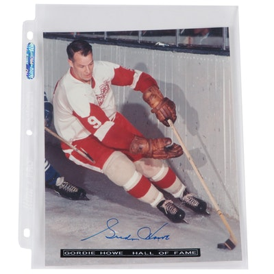 Gordie Howe Signed Hall of Fame Detroit Red Wings NHL Action Photo Print, COA