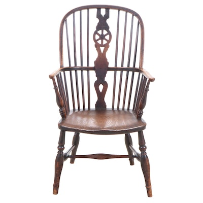 Thames Valley Beech and Elm Wheel-Back Windsor Armchair, 19th Century