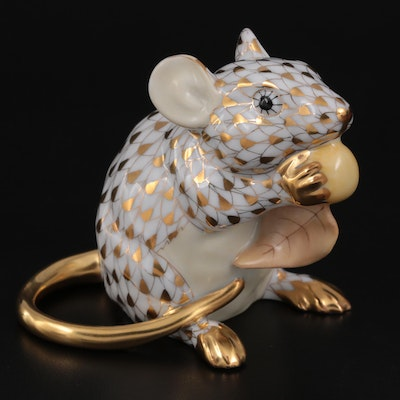 """Herend Guild Gold Fishnet """"Meadow Mouse"""" Porcelain Figurine with Box, 2008"""