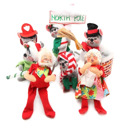 Annalee Mobilitee Santa, Mrs. Claus, and Mouse Christmas Dolls