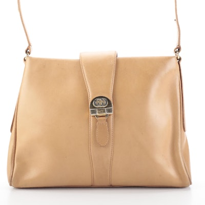 Gucci Shoulder Bag in Tan Smooth Leather