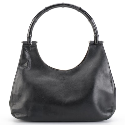 Gucci Shoulder Bag in Black Leather and Black Bamboo Handle